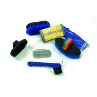 Grooming Kits & Storage