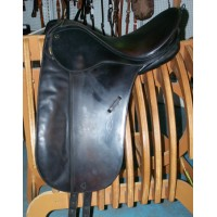 Bates Caprilli Dressage Saddle 17""